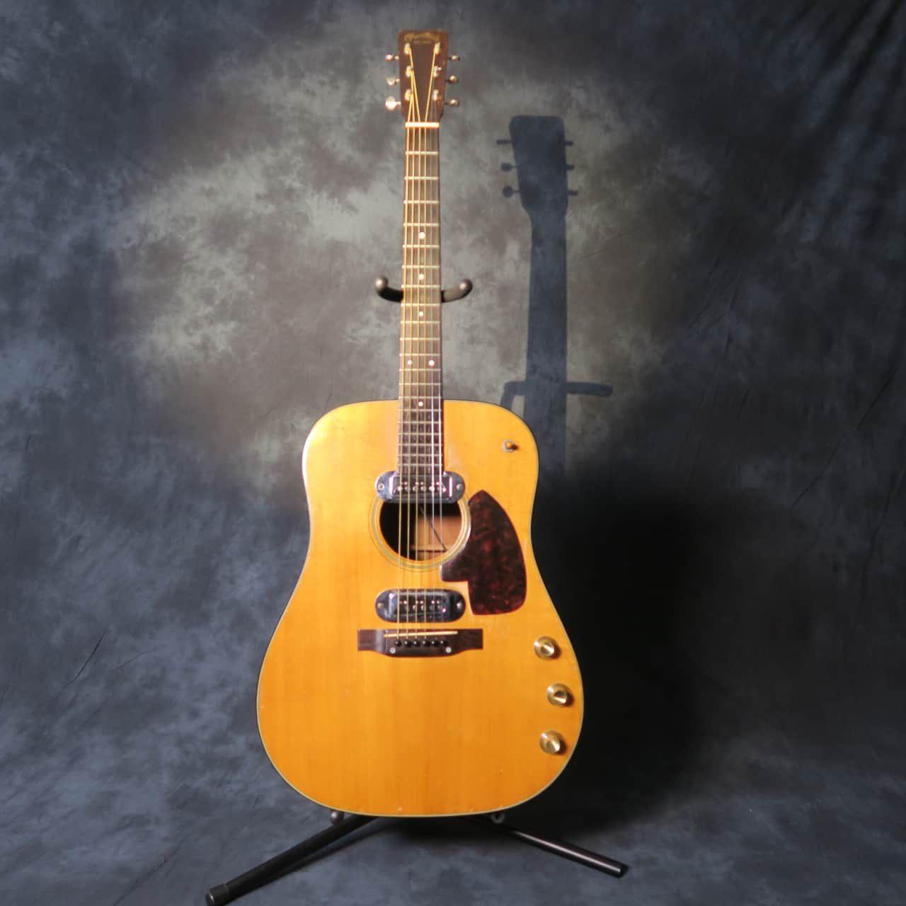 Martin D-18E Kurt Cobain