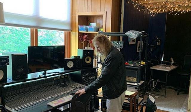 Dave Mustaine nuevo disco